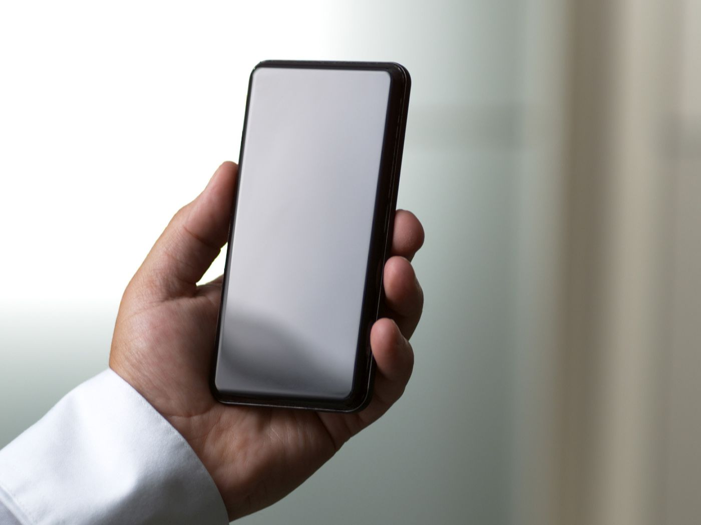 Corning's new Gorilla Glass Victus could let your phone survive a ...