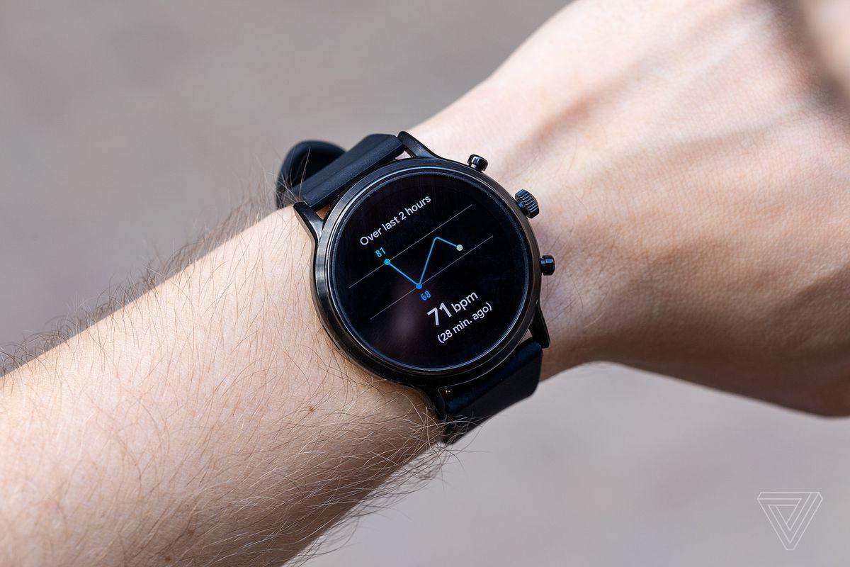 Fossil 'Gen 5' smartwatch review: best of a Wear OS
