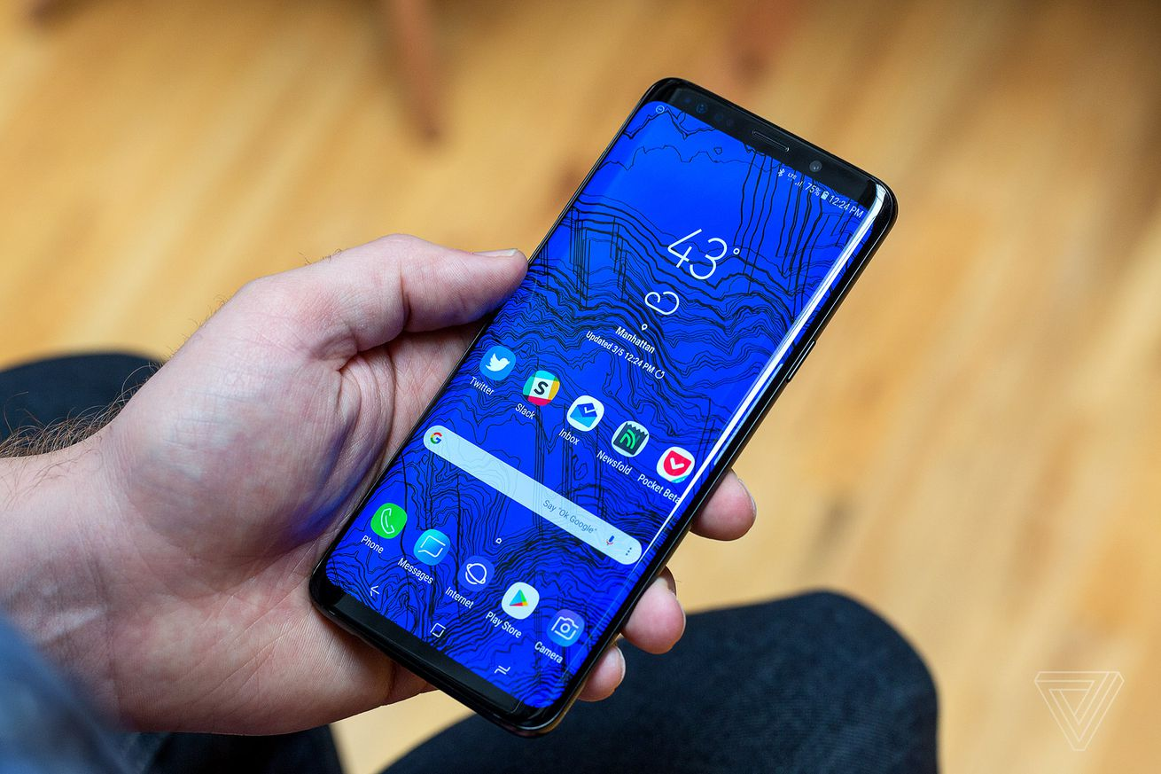 samsung is looking into reports of unresponsive s9 touchscreens