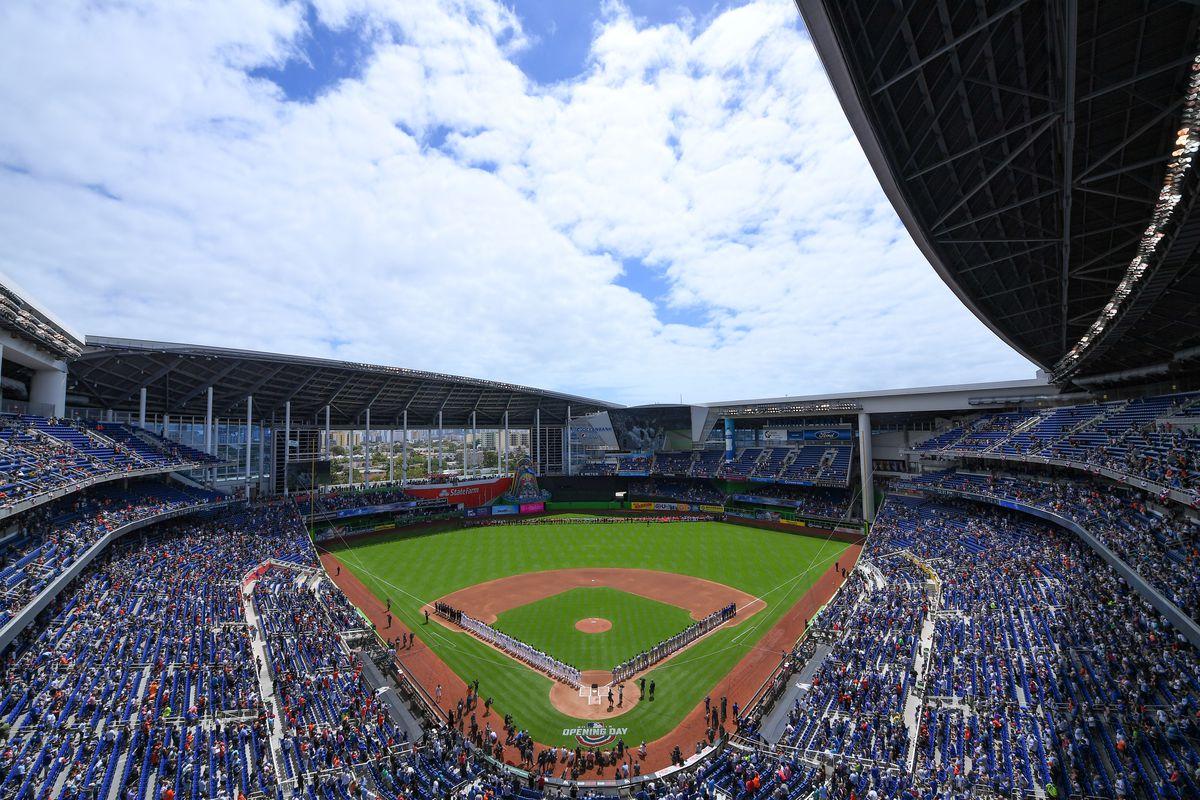 Chicago Cubs v Miami Marlins