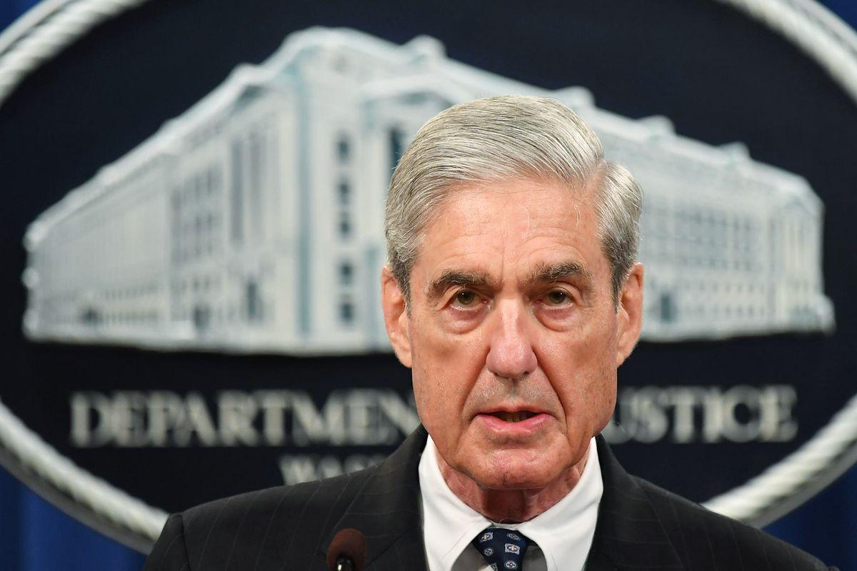 TOPSHOT-US-politics-investigation-Mueller