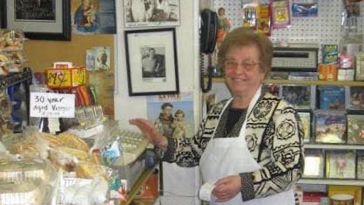 Emilia Pontarelli was the lively center of Tony's Italian Deli & Subs in Edison Park.