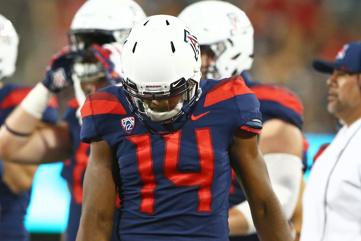 """<span data-author=""""5158751"""">college-football-bowl-projections-arizona-wildcats-2018 </span>"""