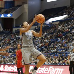 UConn�s Napheesa Collier (24) goes in for a layup,