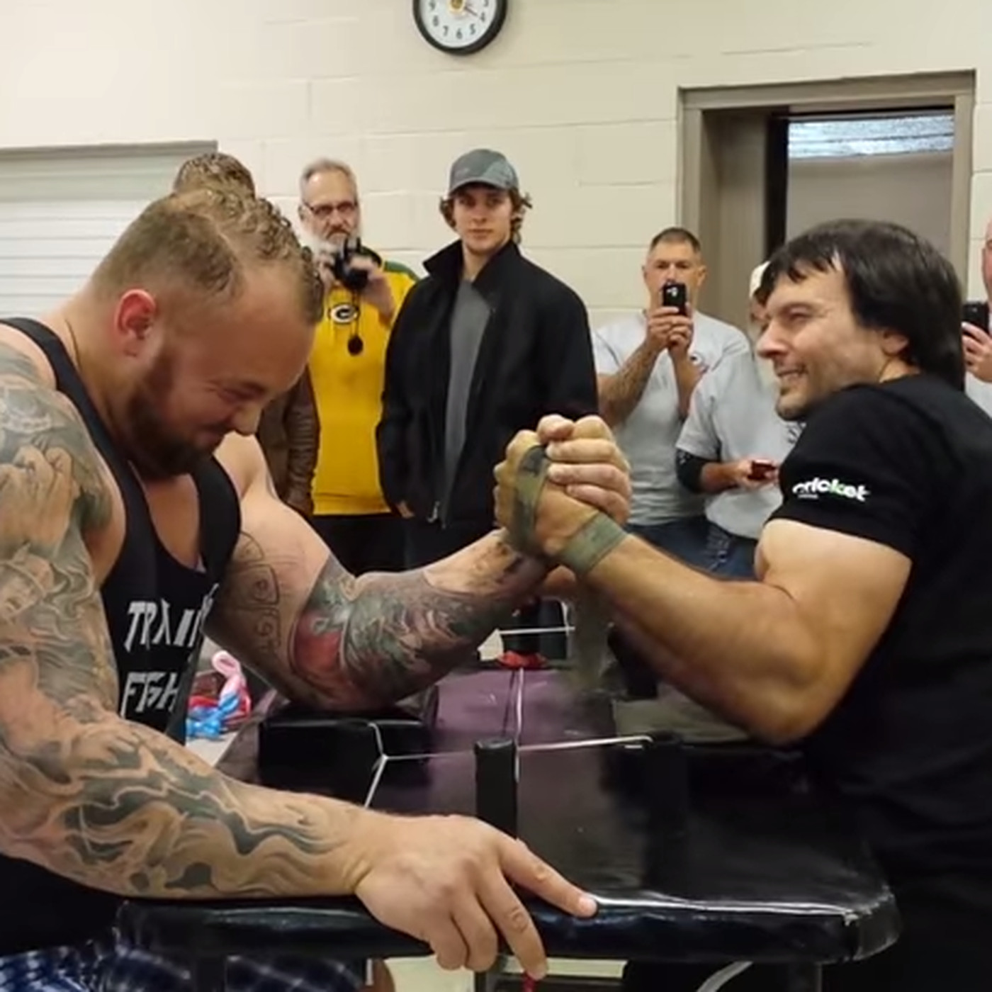 The Mountain' from 'Game of Thrones' gets dominated in arm