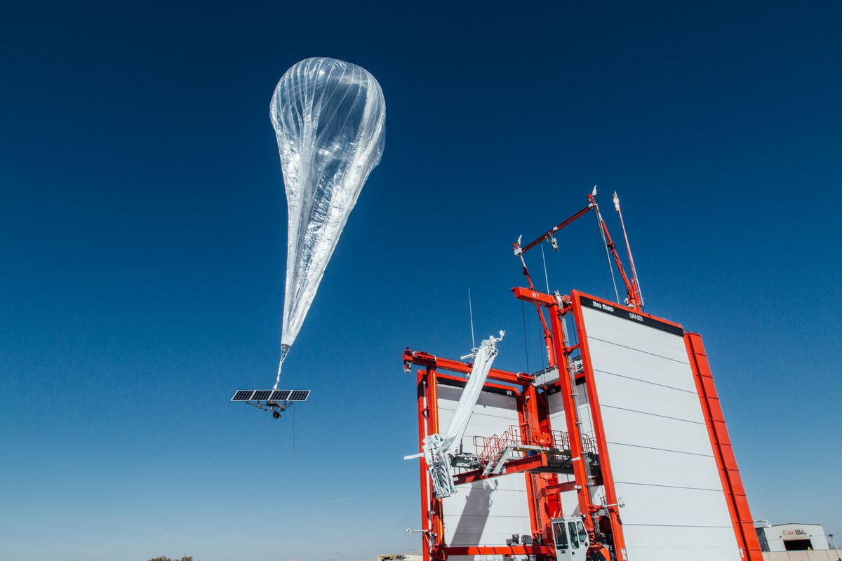 Google officially flips on its internet-beaming balloons in Puerto Rico