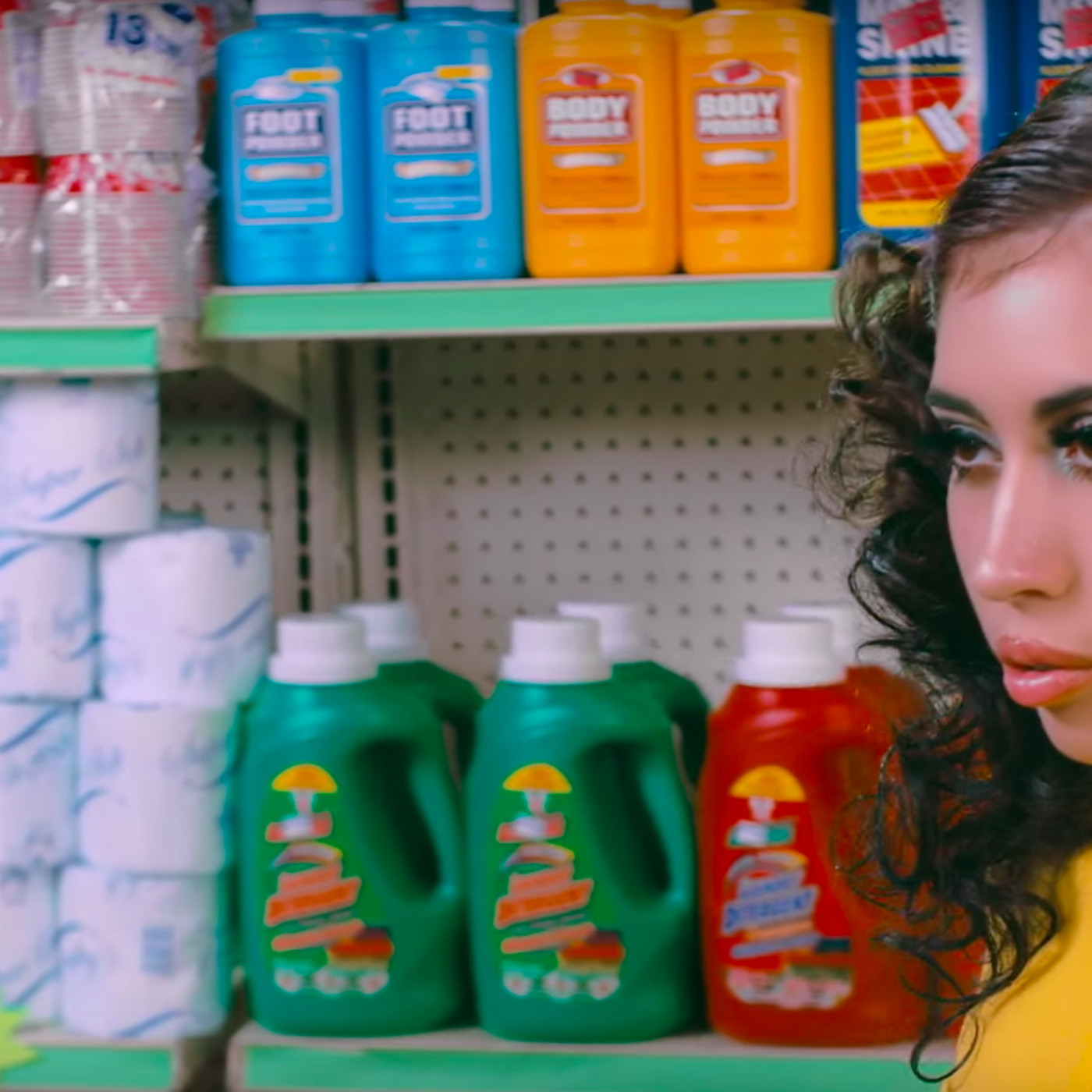 25e22dff1d9d In Kali Uchis  After the Storm video