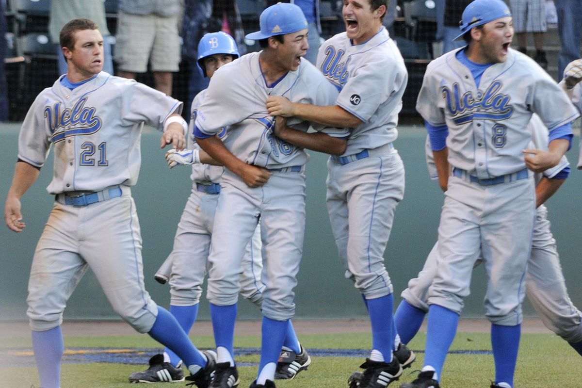 <em>Thanks go out to <strong>Carlos Delgado from UCLA Athletics </strong>and other photographers for allowing us to enjoy UCLA baseball more than ever throughout the entire season.</em>