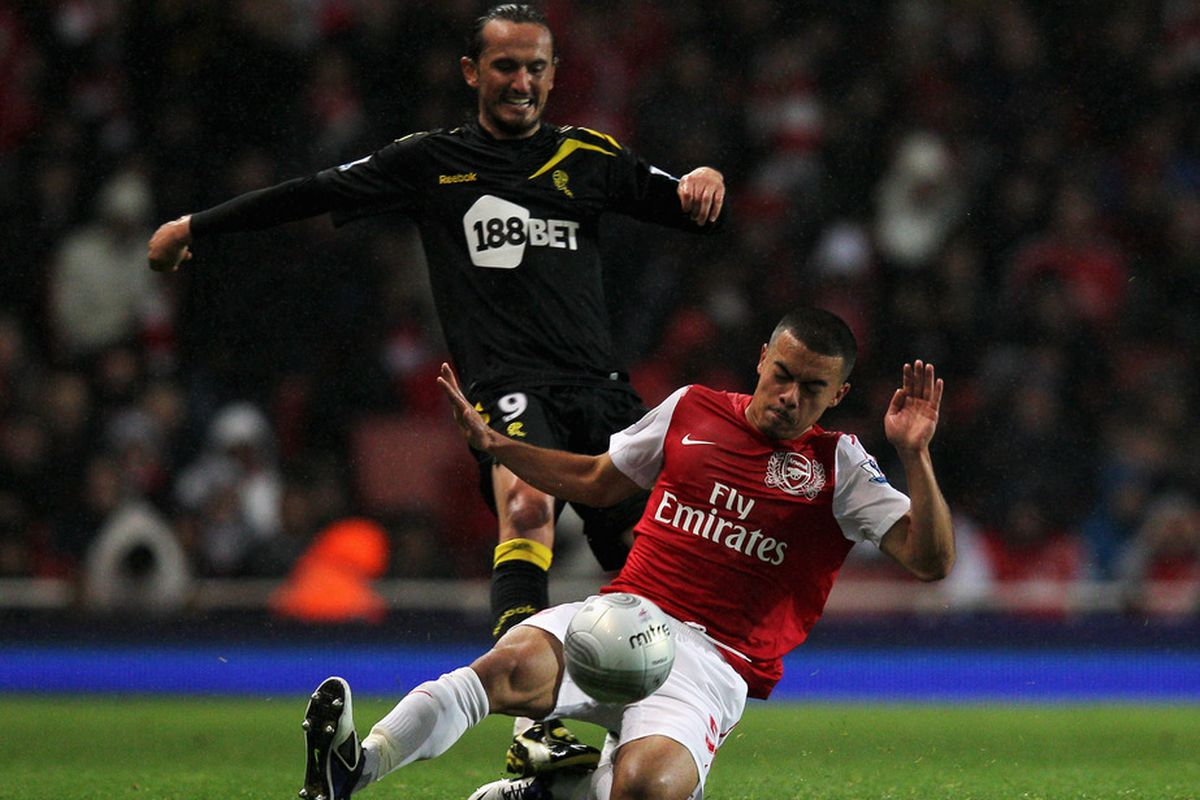 Believe it or not, this is the best picture of Nico Yennaris that I could find