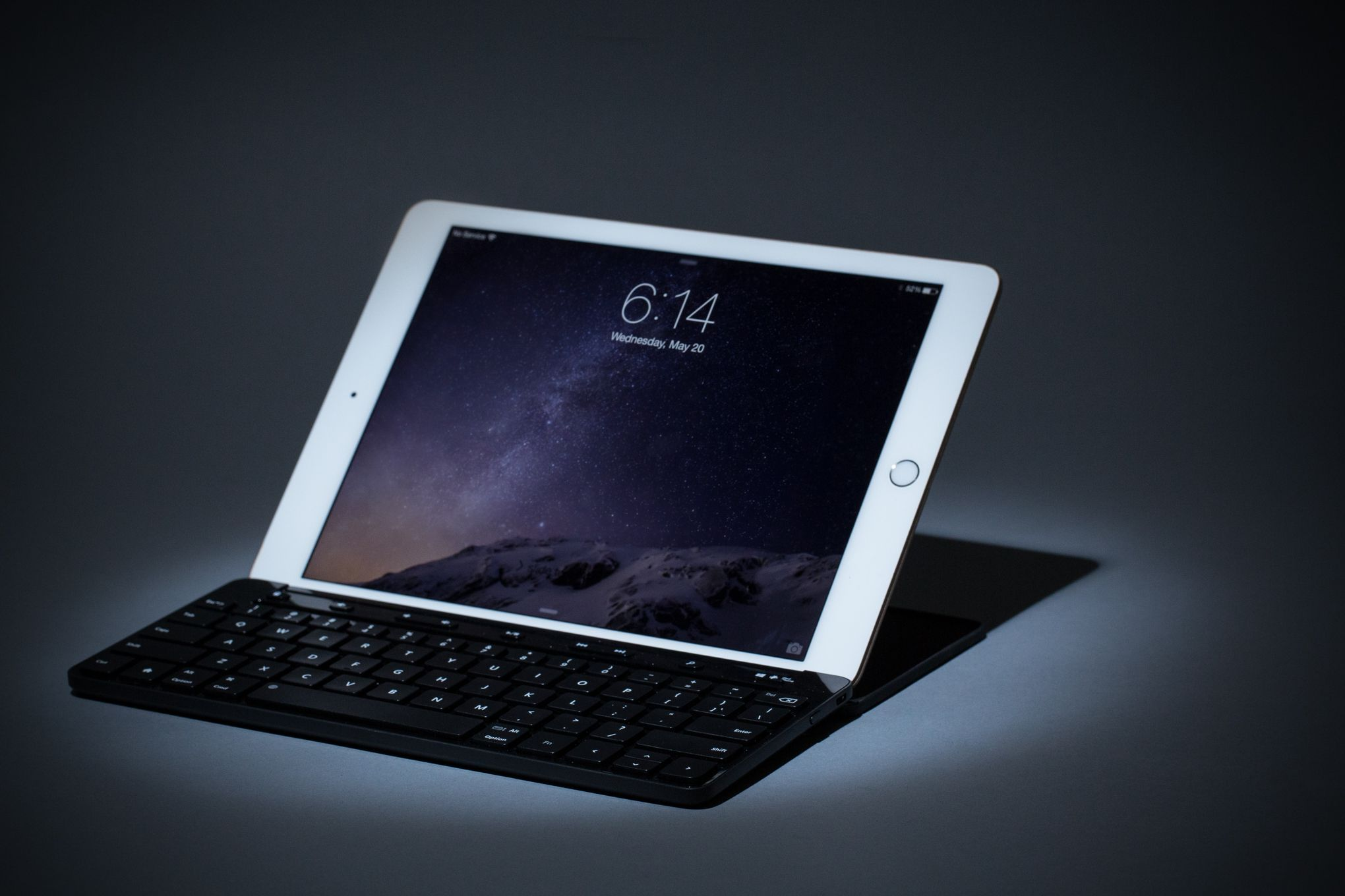 The Best Keyboard For The IPad Air  The Verge - Map us keyboard to uk