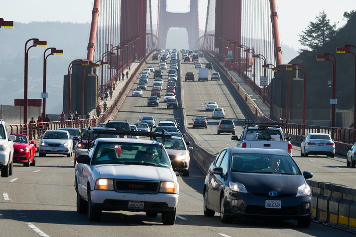 Cars driving across the Golden Gate Bridge