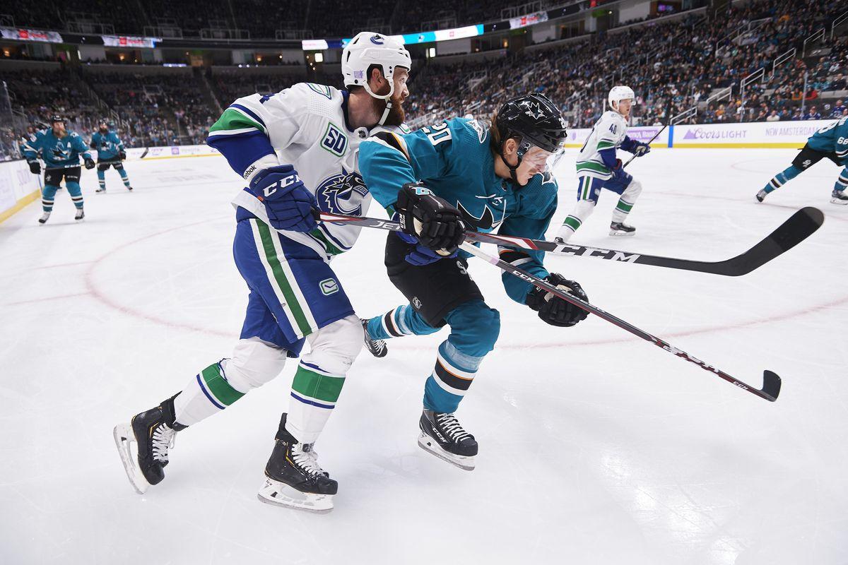 NHL: NOV 02 Canucks at Sharks