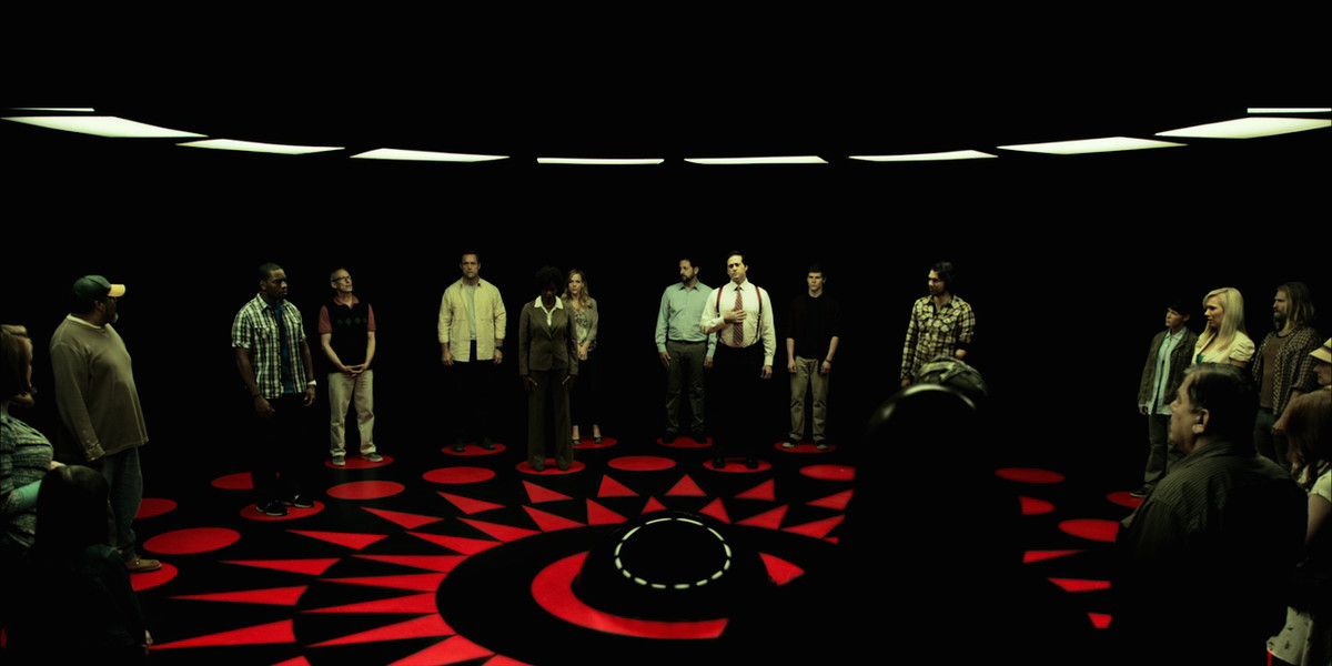 circle 2015 - contestants stand in the death machine