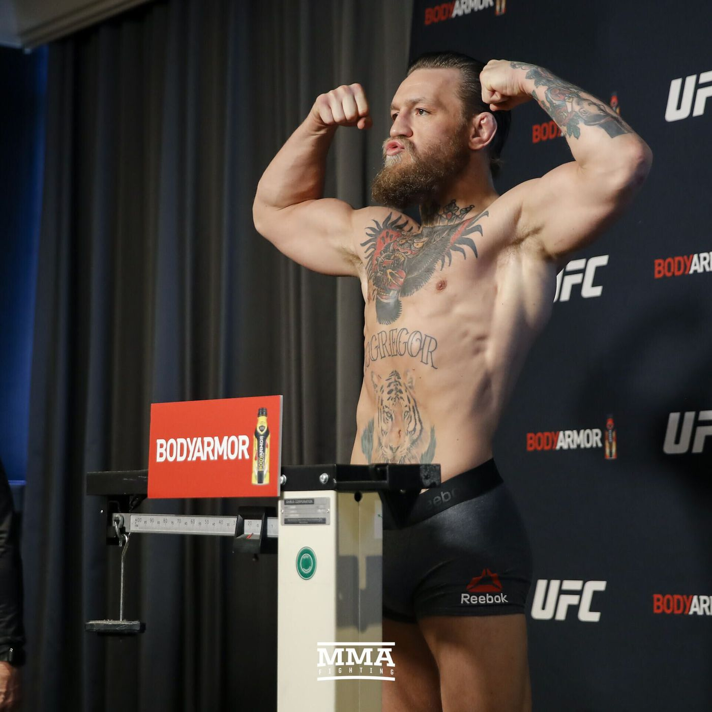 Full Ufc 246 Weigh In Results And Video Conor Mcgregor 170