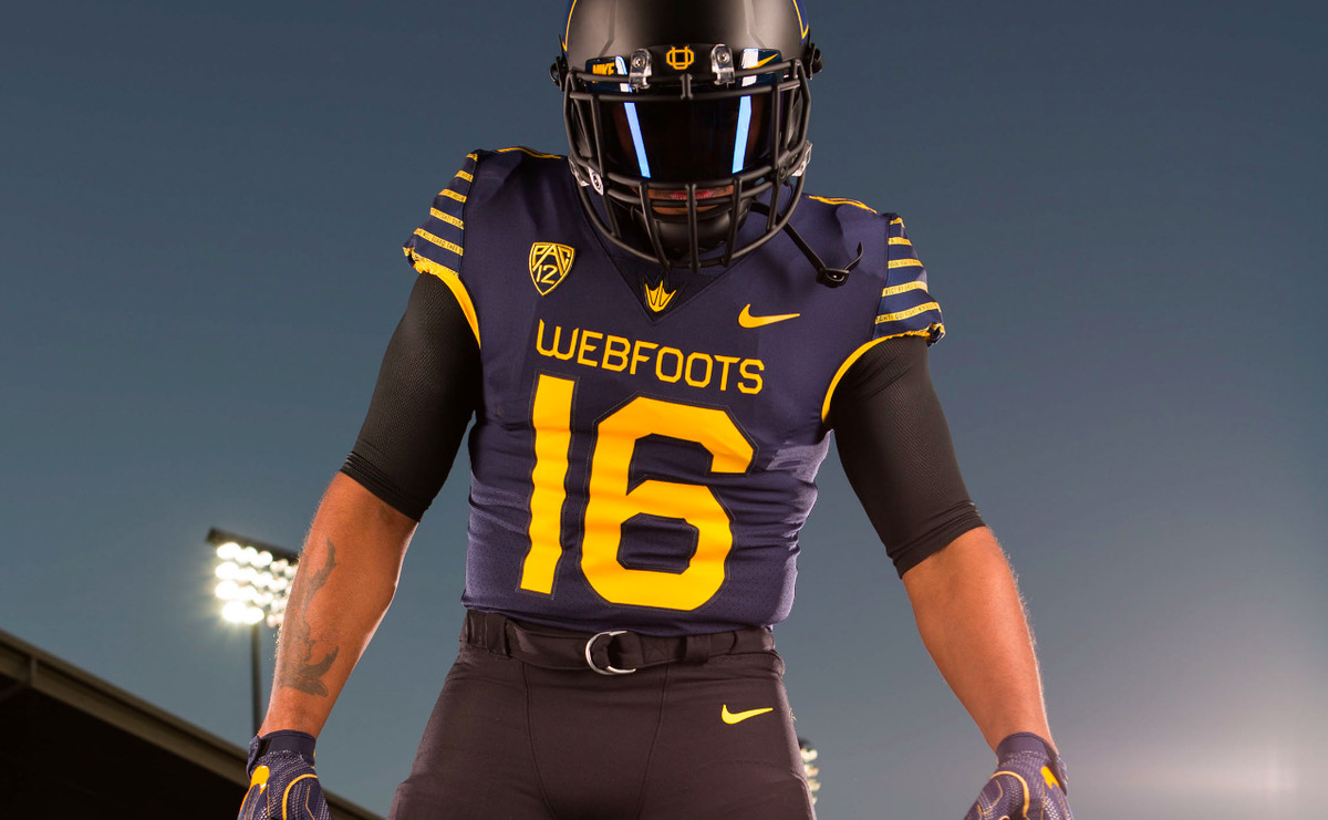 Why Oregon s wearing blue-and-gold uniforms that say  Webfoots ... 8432300bf