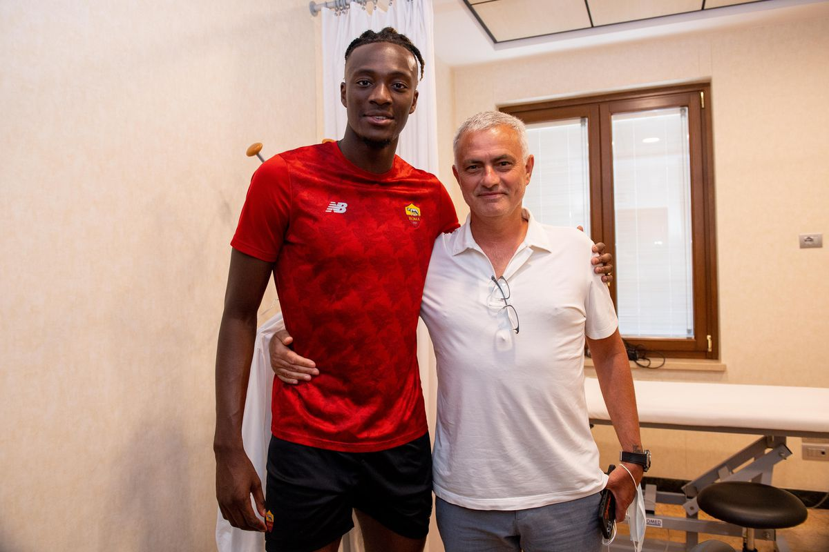 Mourinho praises Abraham ambition in 'real coup' for AS Roma - We Ain't Got  No History