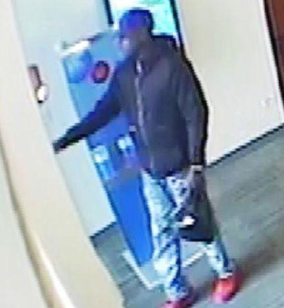 Surveillance photo of the man who robbed a Wrigleyville bank Thursday morning. | FBI photo
