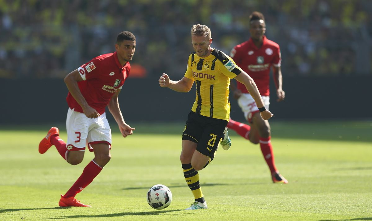 Borussia Dortmund v 1. FSV Mainz 05 - Bundesliga