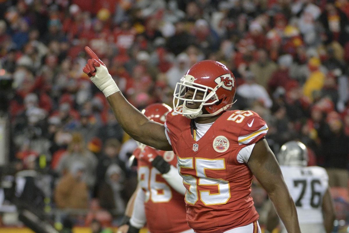 Chiefs send pass rusher Dee Ford to injured reserve ahead of