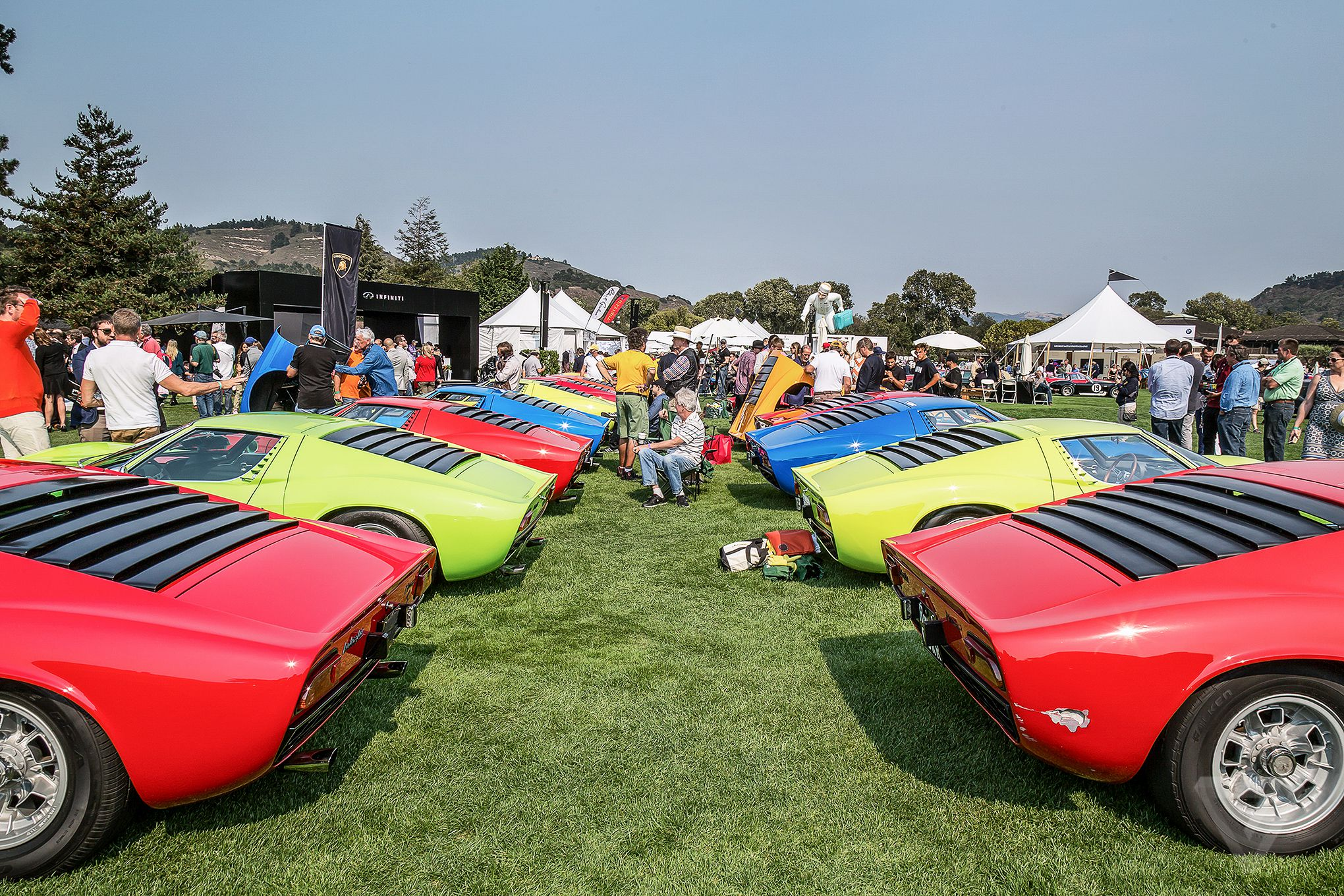 the beautiful cars of pebble beach concours d elegance. Black Bedroom Furniture Sets. Home Design Ideas
