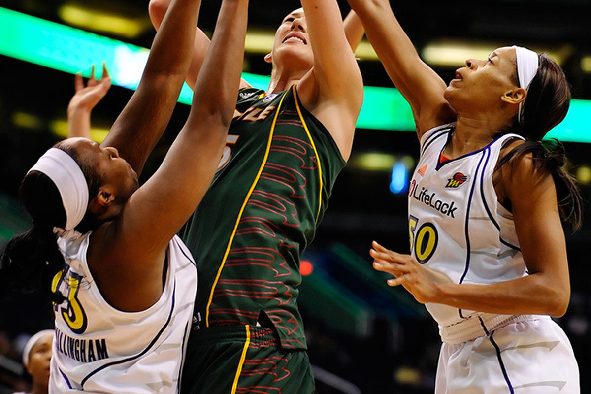 The Mercury look to slow down Lauren Jackson and the Seattle Storm tonight in Phoenix