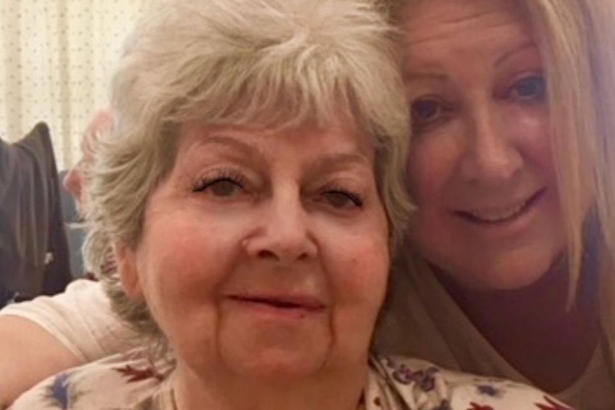 Comedian Elayne Boosler visited her cousin Dorothea Buschell in Brooklyn's Hamilton Park Nursing & Rehabilitation Center in August 2018.