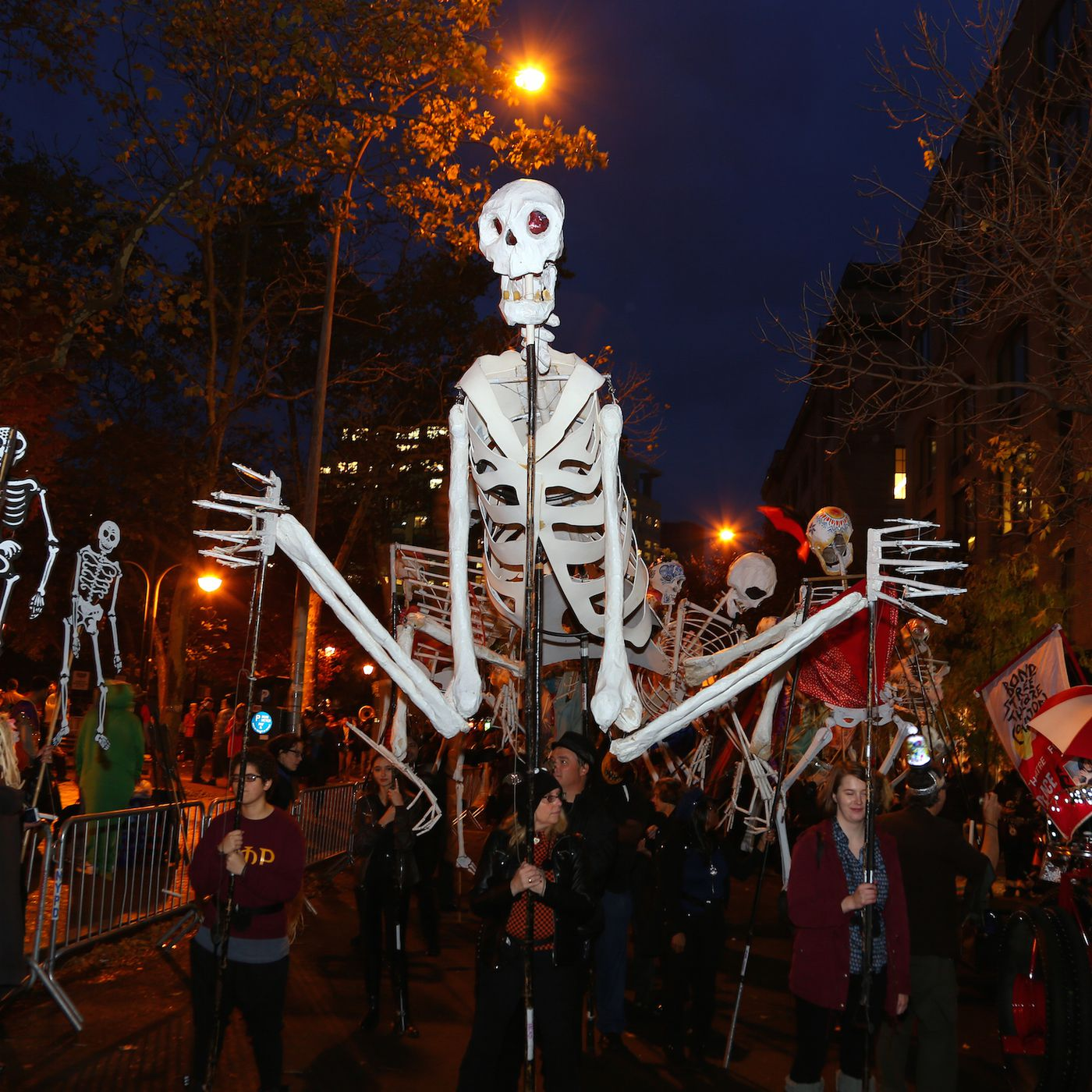 Halloween In New York Events Haunted Places Nyc Traditions And More Curbed Ny
