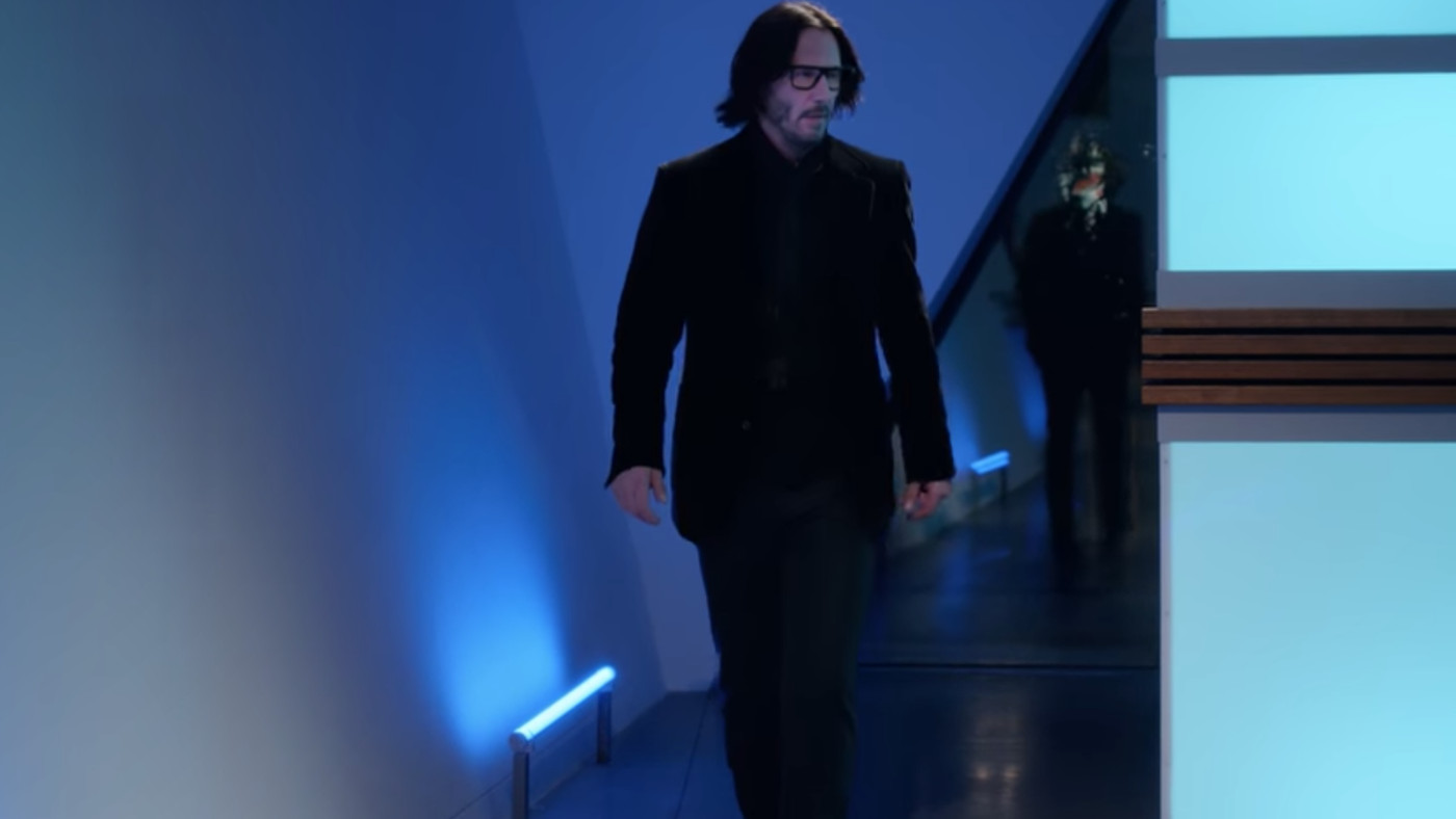 Keanu Reeves Slow-Motion Gliding Is A Gift From Meme Heaven