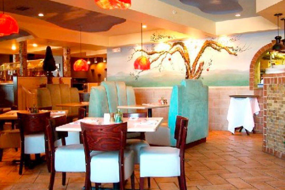 Cloud 9 Restaurant at the Senator Inn & Spa