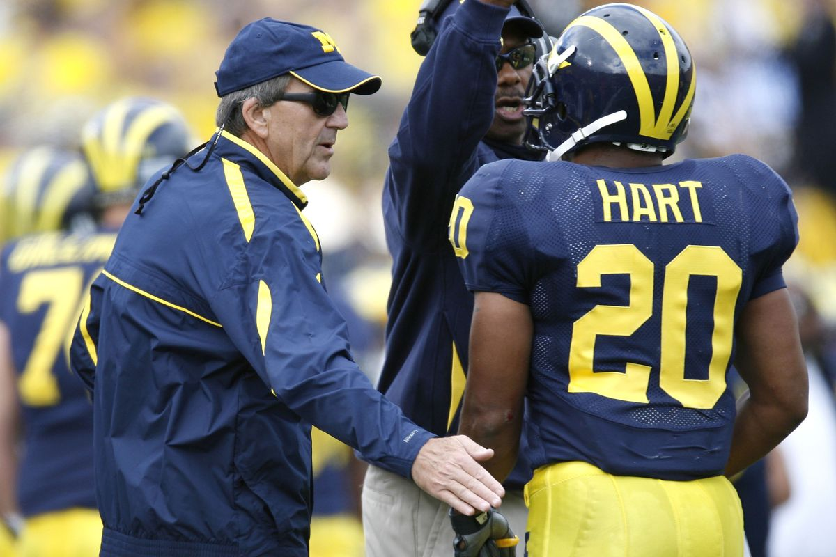 Indiana hires former Michigan RB Mike Hart as running ...