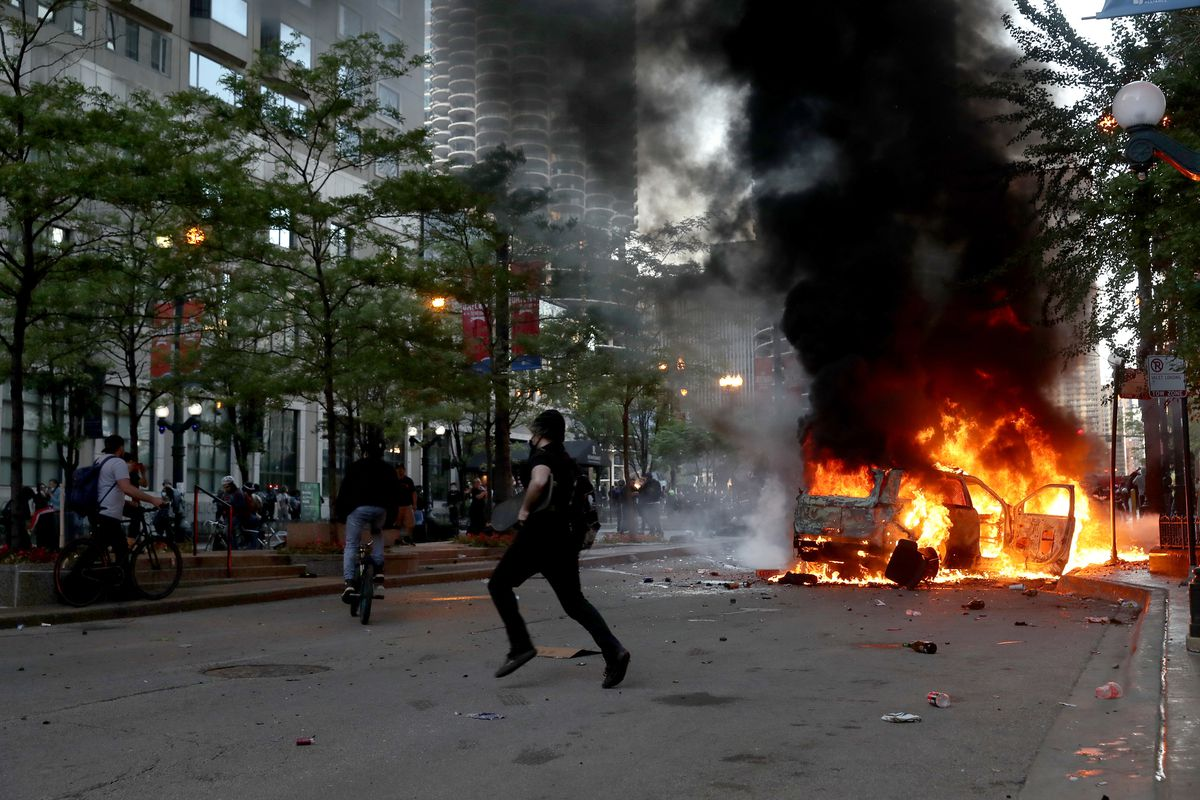 Chicago George Floyd protests: City cleans up, reduces access into downtown area as it braces for more unrest