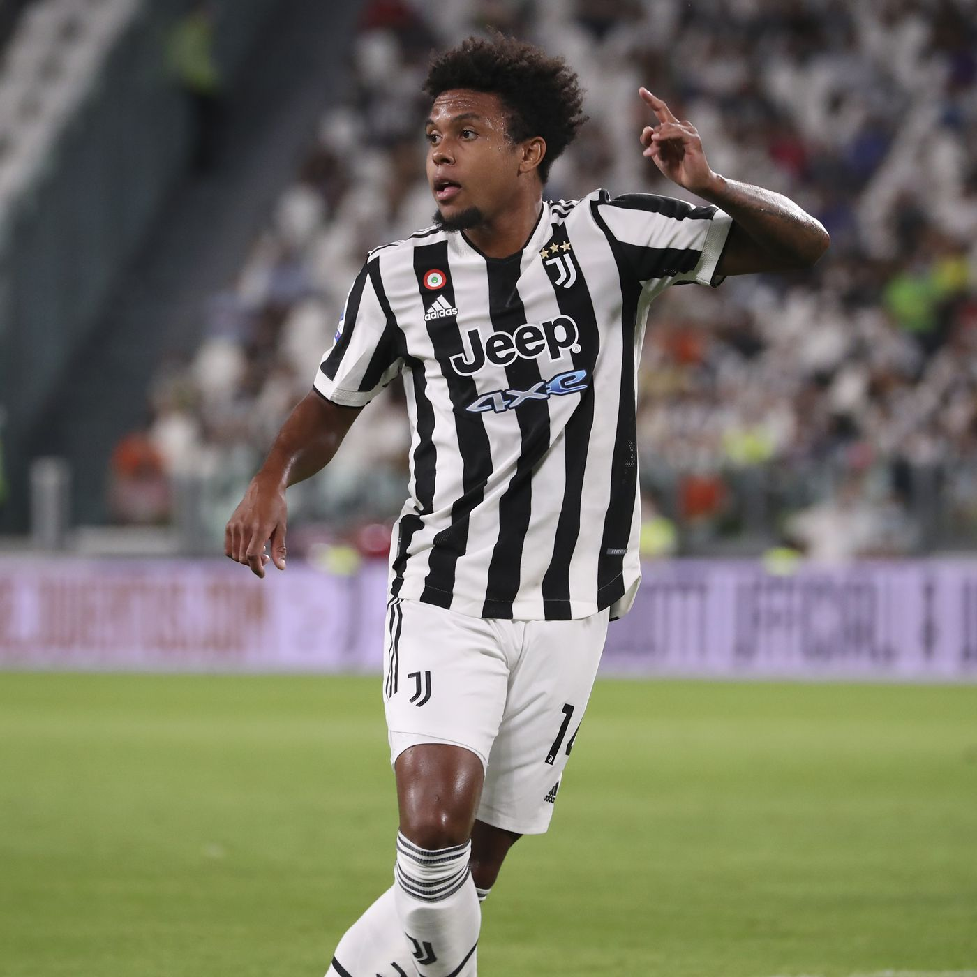 Weston McKennie returns to Turin early after USMNT suspension - Black &  White & Read All Over
