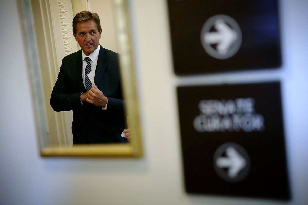 Senators McCain And Flake Discuss Gov't Report On DoD Paying Sports League To Honor Servicemen