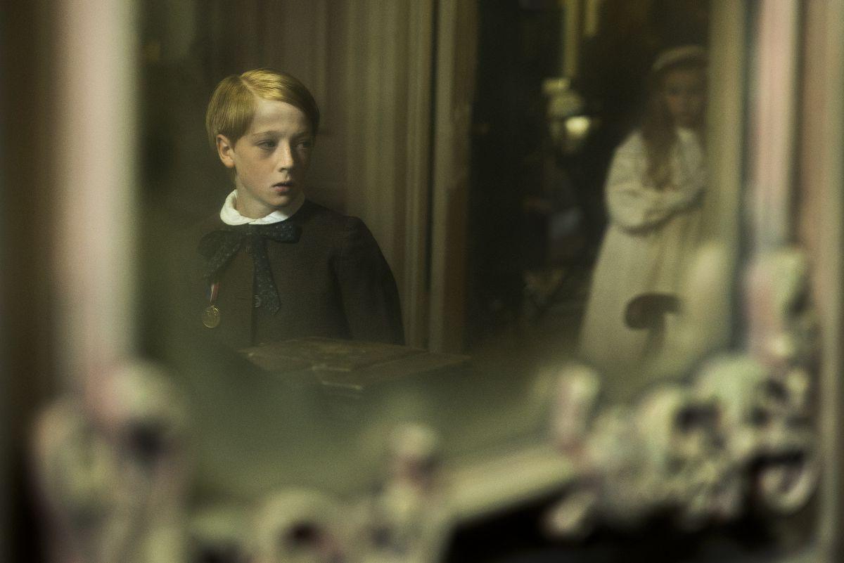 Young Faraday snoops through Hundreds Hall.
