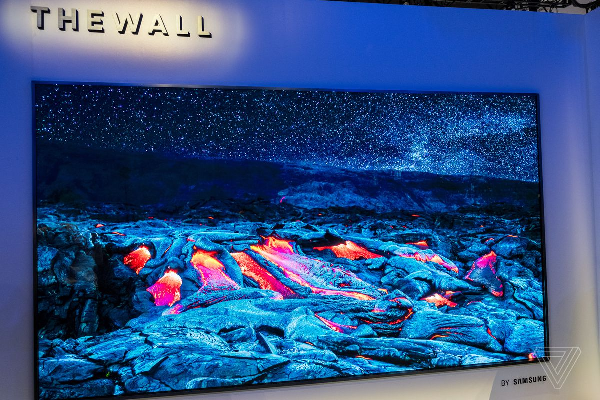 Samsung Just Unveiled A 146 Inch Modular Tv That Could Surpass Oled Tvs Together With 42 Plasma Circuit Boards On Photo By Chris Welch The Verge