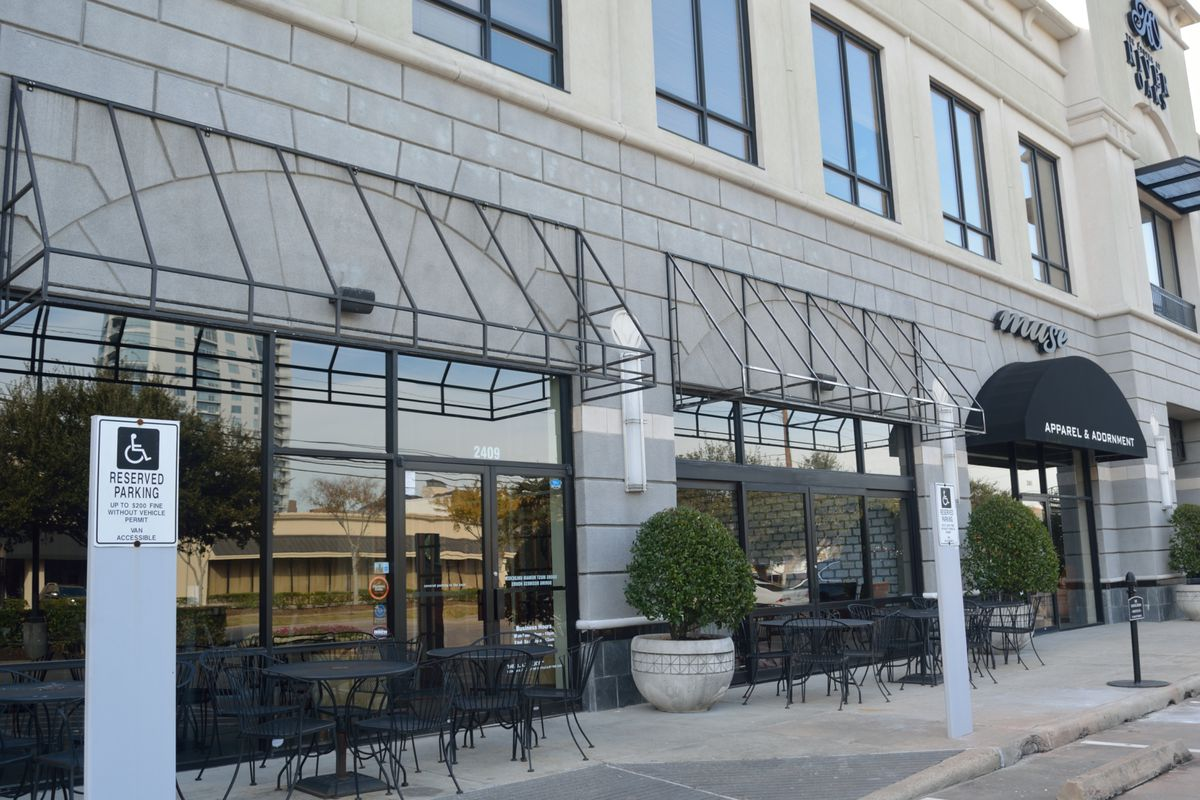 Beckrew Wine Bar is taking over recently closed The Tasting Room River Oaks soon.