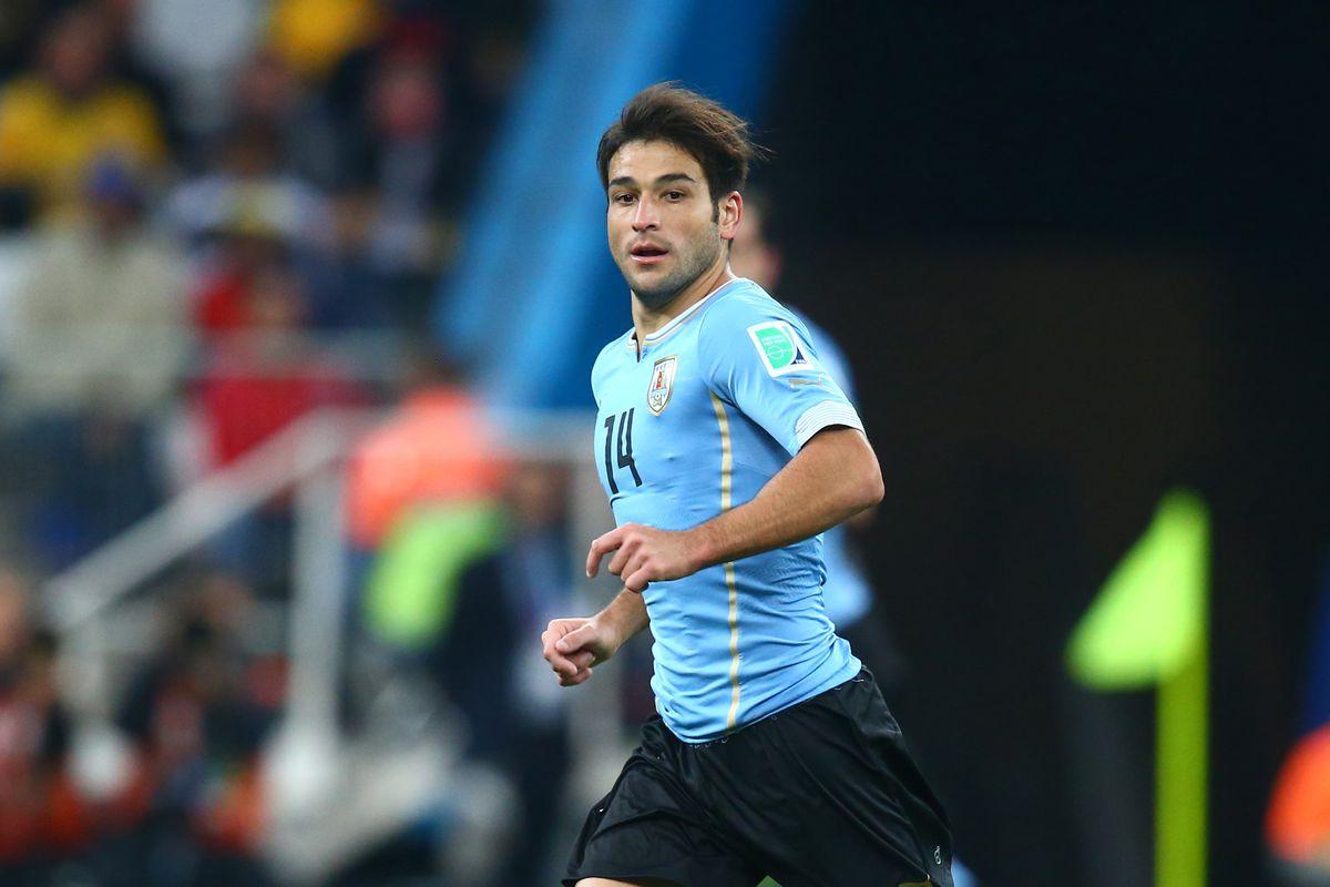 Soccer: World Cup-Uruguay vs England