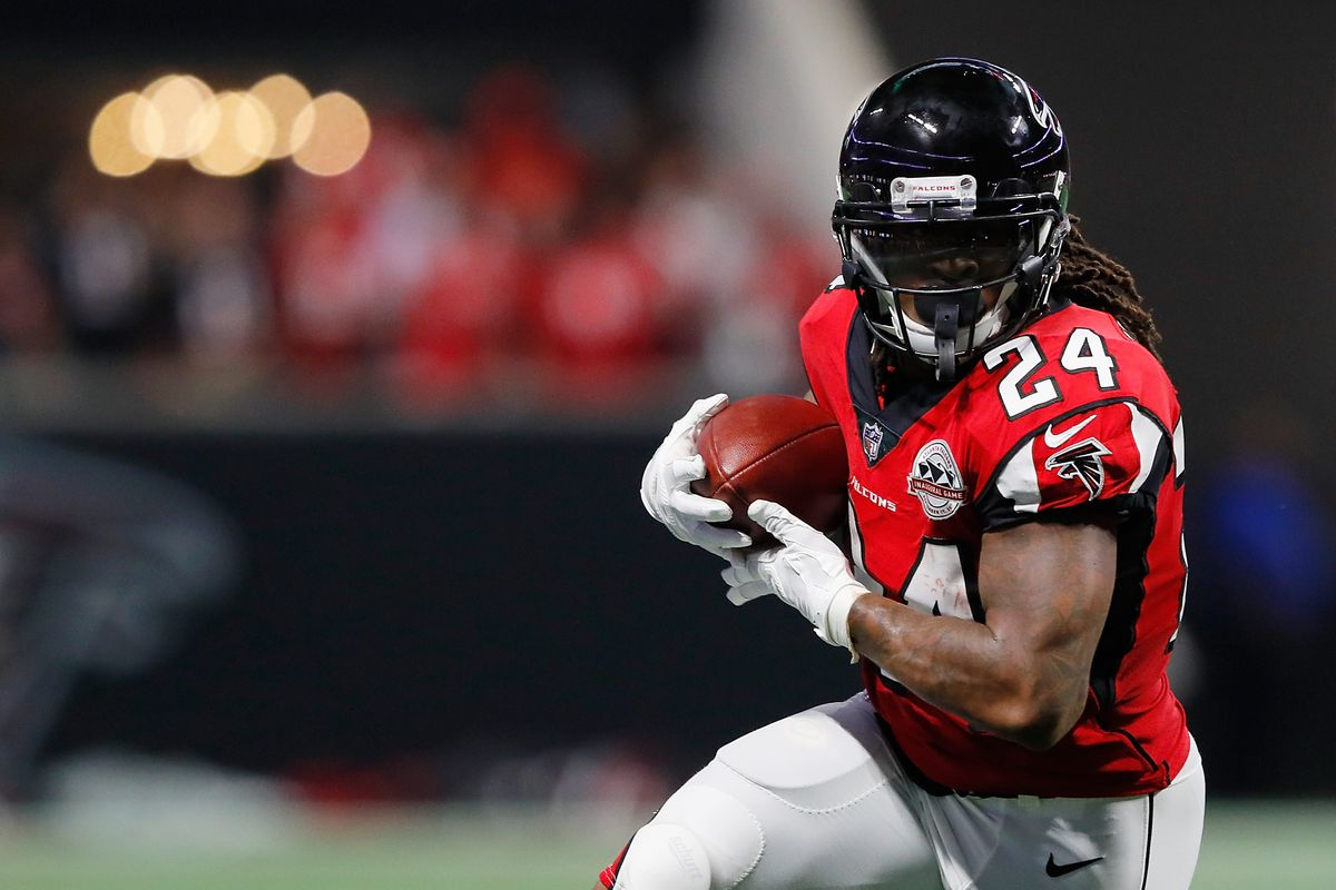 Falcons Cowboys post game injury report Devonta Freeman will