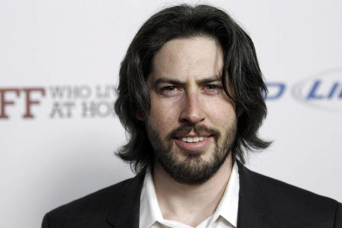 """FILE - In this March 7, 2012, file photo, producer Jason Reitman arrives at the premiere of """"Jeff, Who Lives at Home"""" in Los Angeles. Reitman has been hosting monthly live reads in Los Angeles to sold-out crowds since last fall, as a one-time only event w"""
