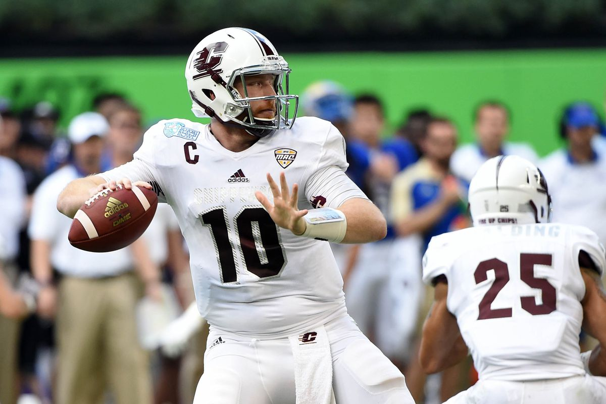 Steelers meet with pair of quarterbacks at the scouting combine steve mitchell usa today sports m4hsunfo