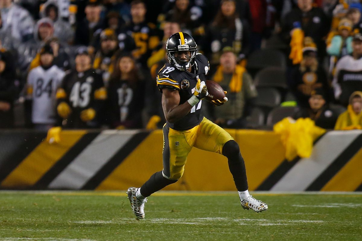 905a5d6a9cd Steelers David DeCastro and JuJu Smith-Schuster given PFWA awards for 2017