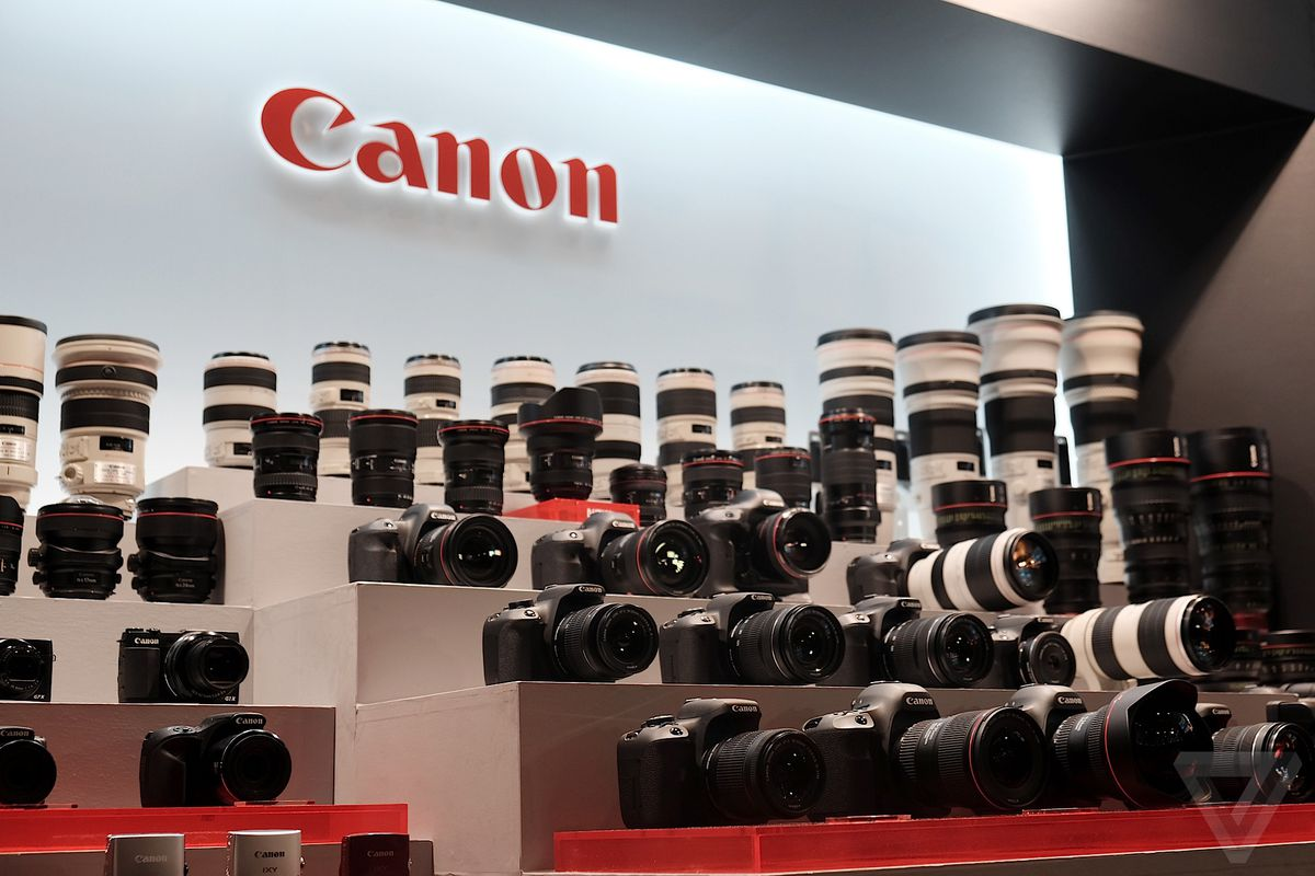 Canon EOS M3 and 5DS event photos