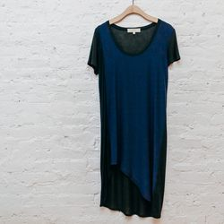 """""""The prefect everyday tee-shirt dress—super easy yet stylish, thanks to a striking navy/black color blocking."""" <b>Vanessa Bruno Athé</b> Colorblock dress, <a href=""""http://www.spiritualameri.ca/new-arrivals/colorblock-dress.html"""">$199</a>"""