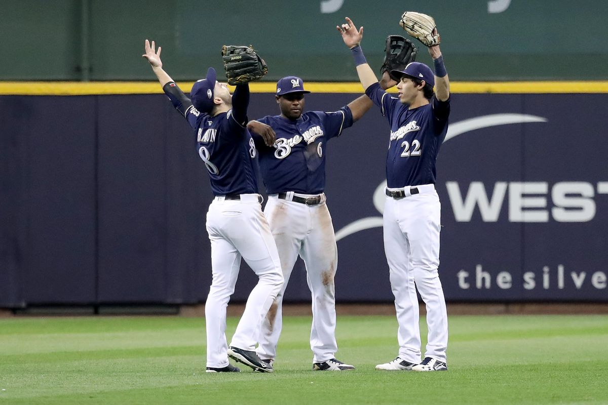 League Championship Series - Los Angeles Dodgers v Milwaukee Brewers - Game One