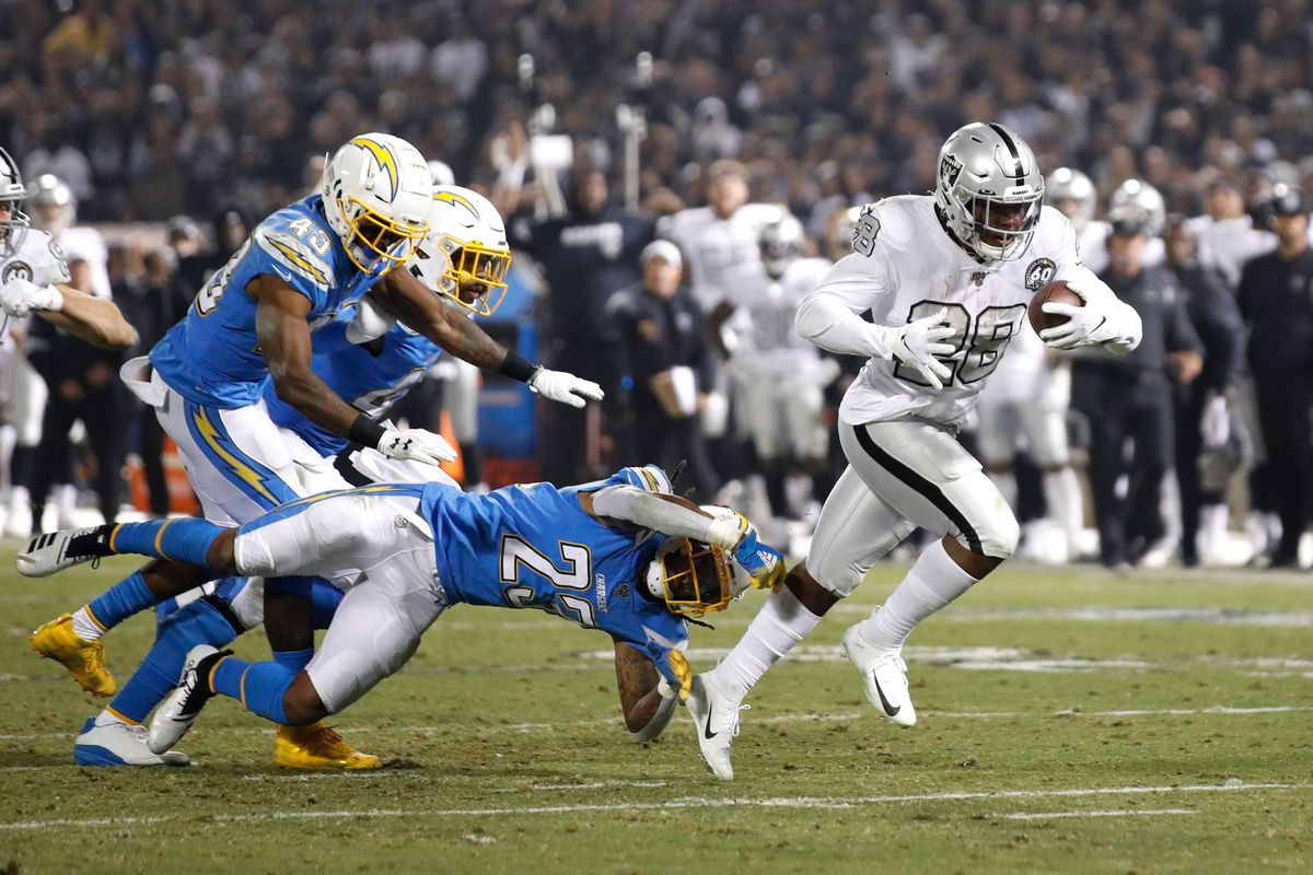 NFL: Los Angeles Chargers at Oakland Raiders