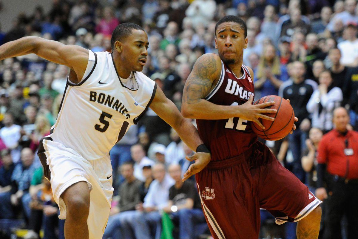 UMass Basketball vs. La Salle: Trey Davis Lights Up First ...