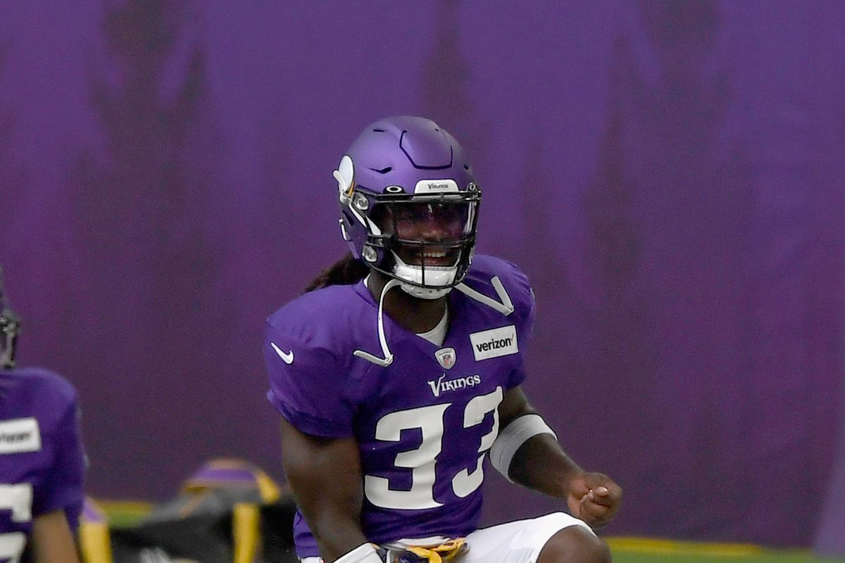 Dalvin Cook of the Minnesota Vikings warms up during training camp on August 28, 2020 at U.S. Bank Stadium in Minneapolis, Minnesota.