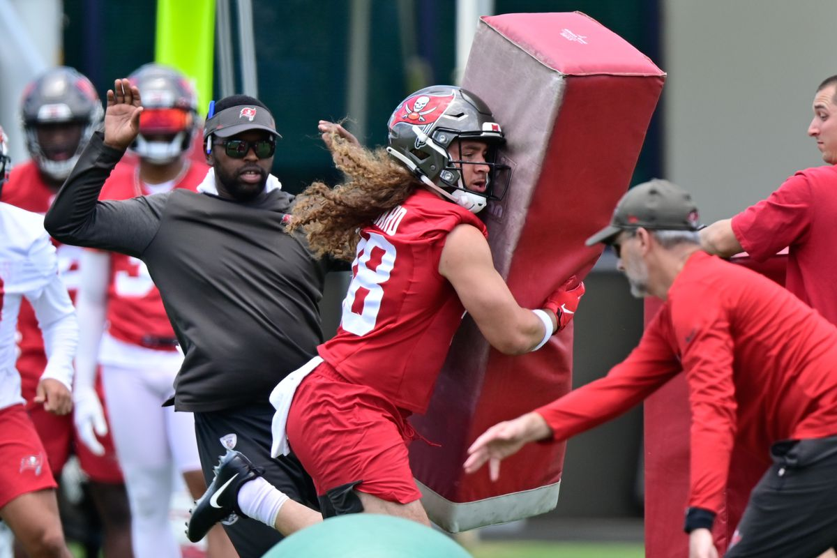 Tampa Bay Buccaneers linebacker Grant Stuard (48) practices during rookie mini-camp at Advent Health Training Center