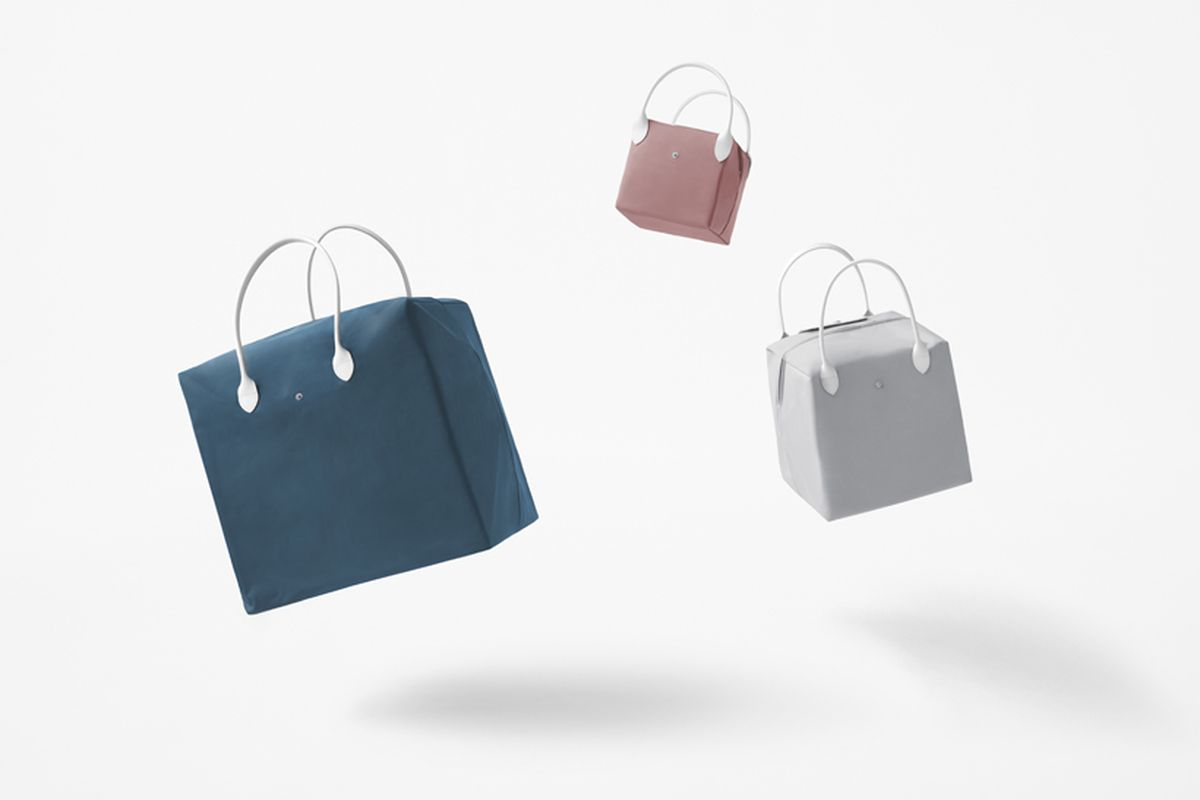 Cube purses in pink, blue and gray