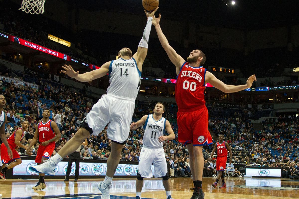 Union brother Spencer Hawes goes against his destroyer.